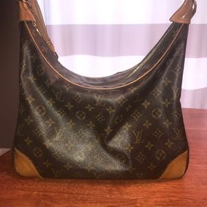 Authentic Louis Vuitton Bouogne